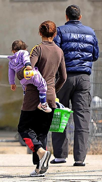 Flüchtlinge brauchen eine Bleibe. In H...soll daher eine Unterkunft entstehen.     Foto: dpa