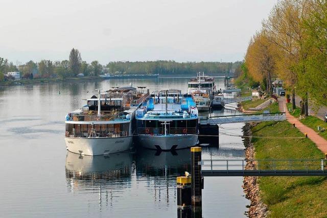 Verkehrsprobleme am Rheinufer