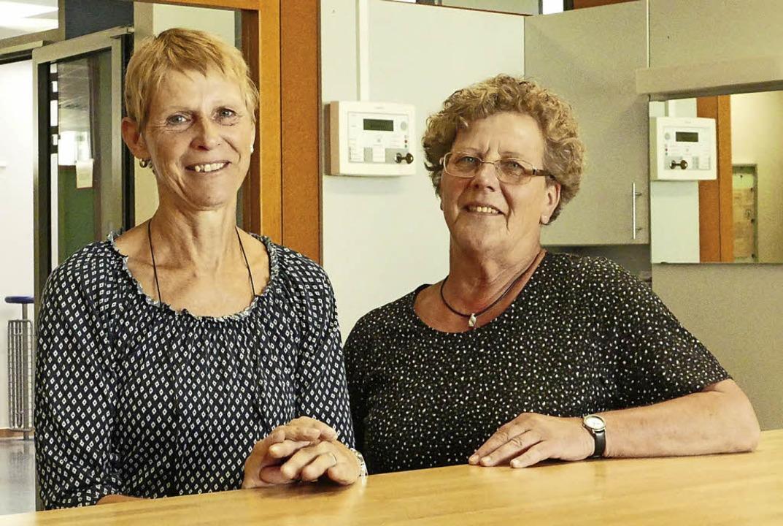 Bleiben immer cool: Sonja Lauber (links) und Christel Meyer     Foto: Lapp