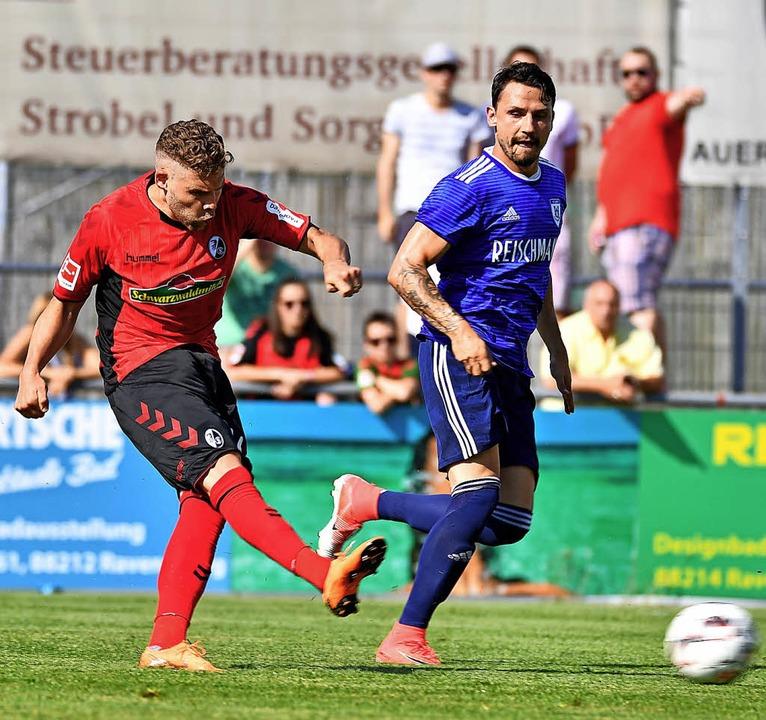 Erst Torschütze, dann verletzt raus:  Yoric Ravet (links)   | Foto: Keller