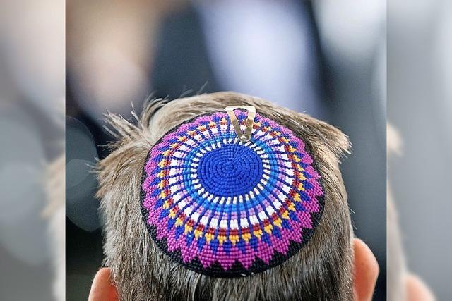 Zentralrat der Juden fordert schärferes Netzgesetz