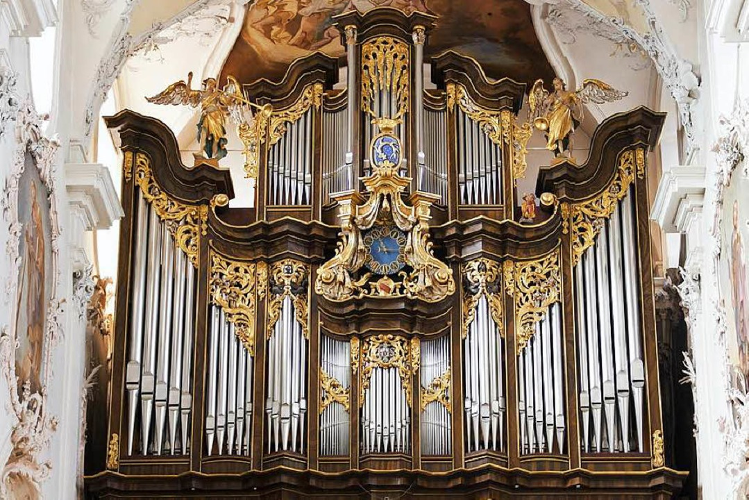 Auch die große Klais-Orgel im Bad Säck...en 57 Registern besuchen die BZ-Leser.  | Foto: Markus Mackowiak
