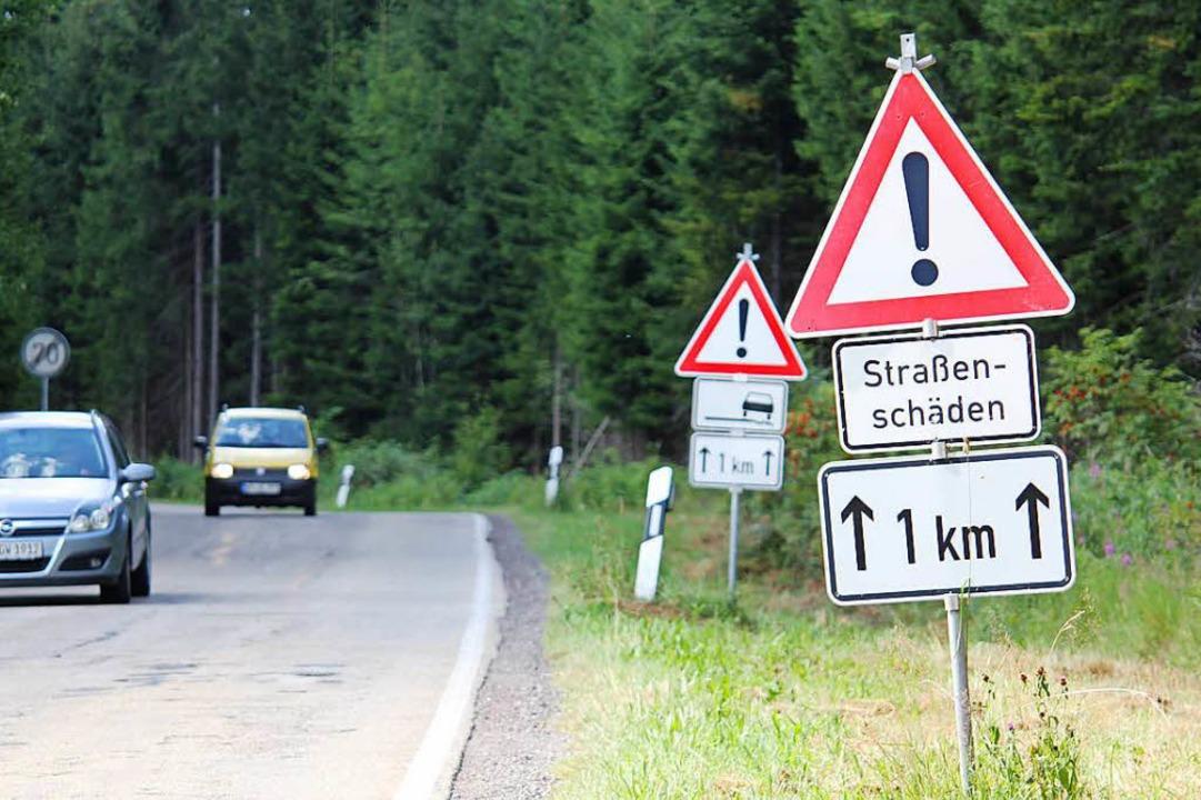 Die Kreisstraße 4992 bei Kleineisenbac...eis  nun ohne Förderung aktiv werden.   | Foto: Gert Brichta