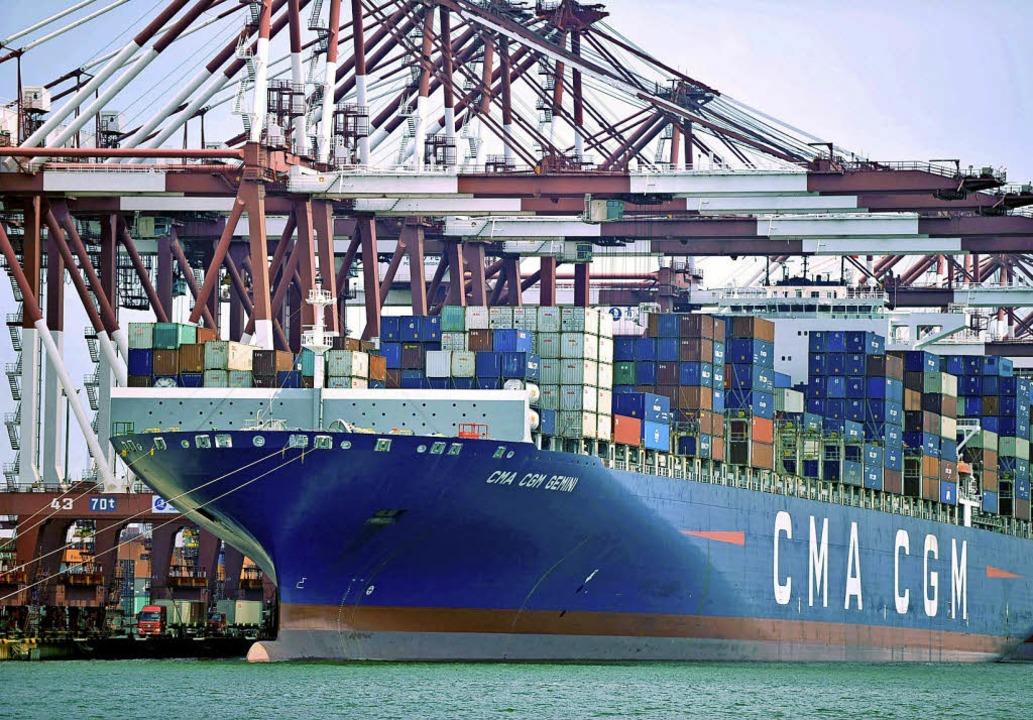 Angesichts der neuen Handelspolitik de...eines europäischen Schulterschlusses.   | Foto: dpa
