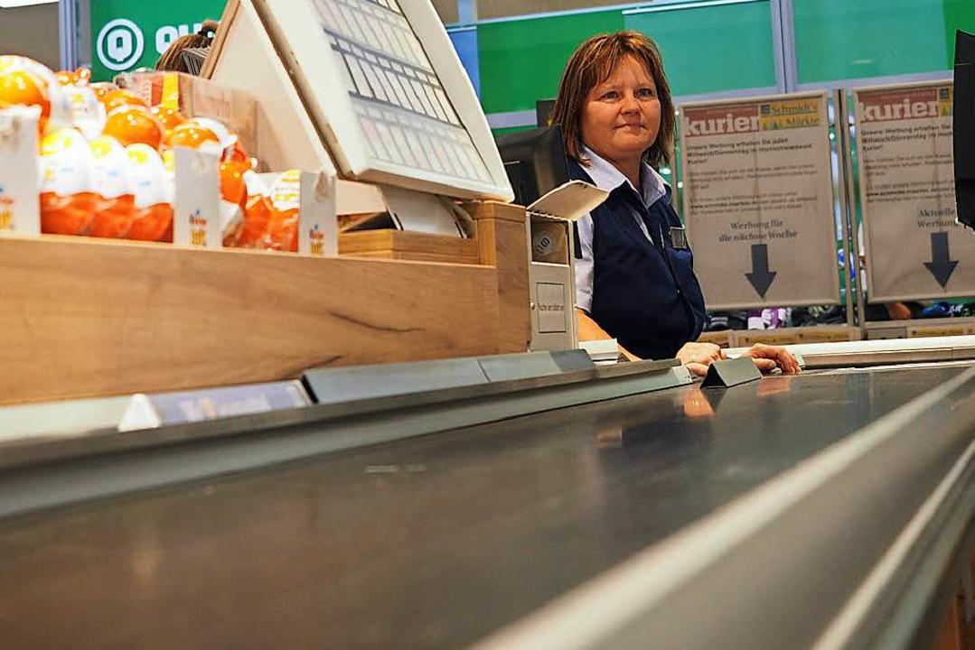 Leere Bänder an den Kassen im Schmidts Markt.    Foto: Susanne Gilg