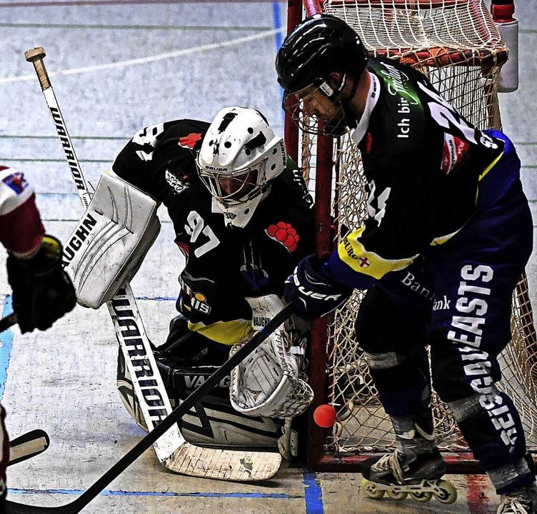 Beasts-Keeper Constantin Haas wuchs in...s beim HC Merdingen über sich hinaus.     Foto: Archivfoto: Patrick Seeger