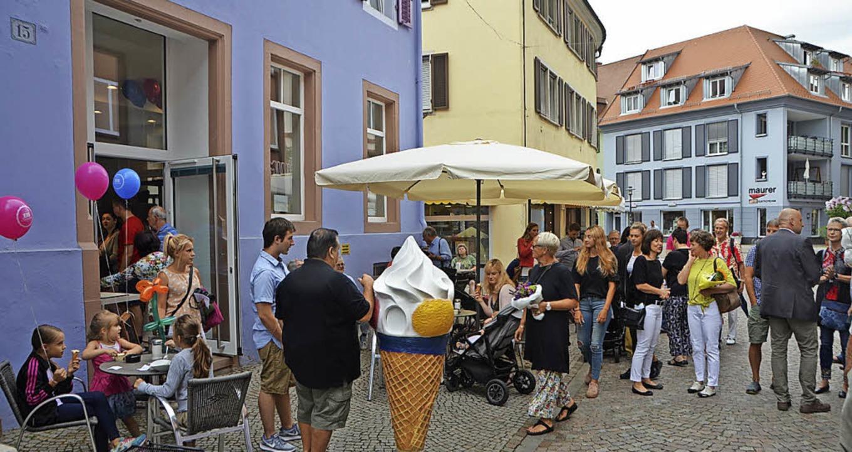 Reger Andrang herrschte am Samstag bei...smanufaktur Santin in der Lammstraße.   | Foto: Gerhard Walser