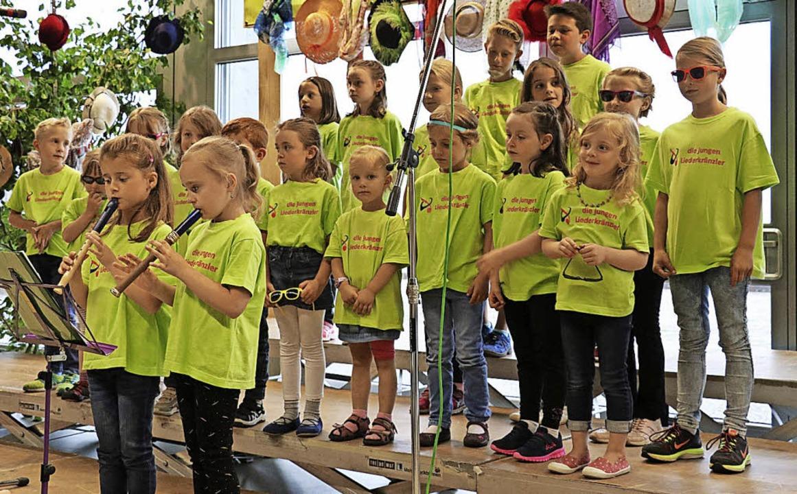 Die jungen Liederkränzler bewiesen, da...kamen viel Applaus für ihre  Beiträge.  | Foto: Dorothée Kuhlmann