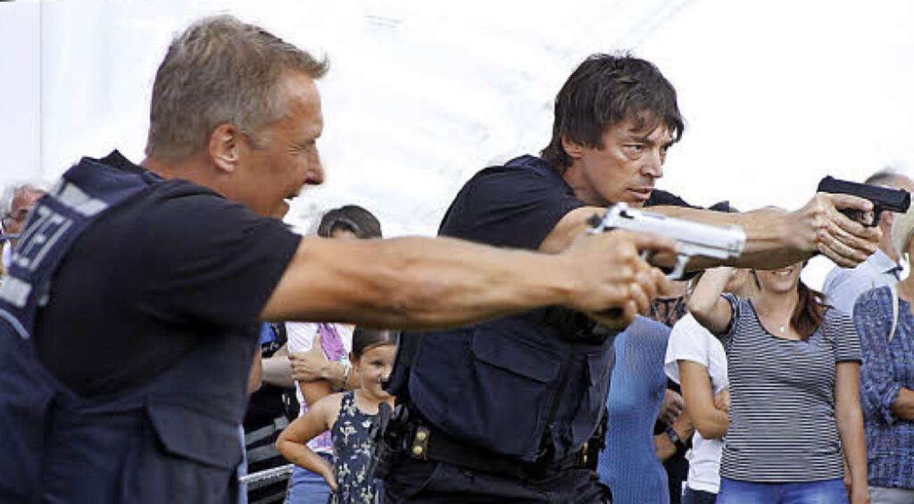 Achtung, Schusswaffen!    Foto: Heidi Foessel
