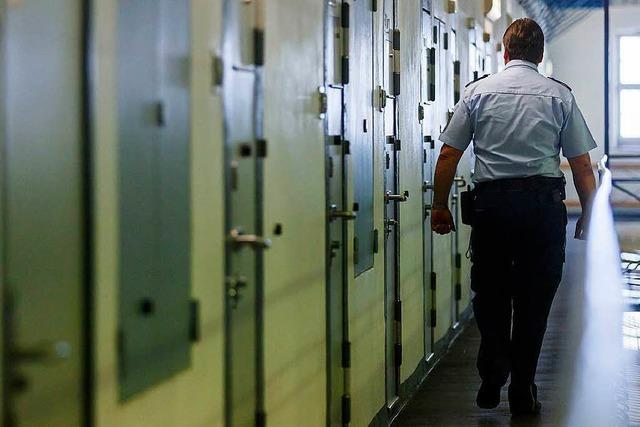 21-Jähriger schneidet Vater die Kehle durch – fünf Jahre Jugendstrafe