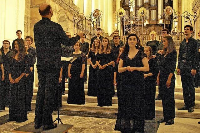 Chor mit einer ungeheuren Präsenz