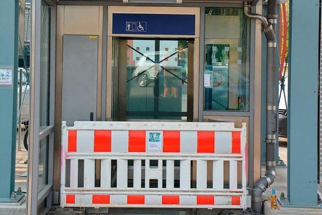 Menschen bleiben stecken – Stadt Weil schließt Aufzüge der Bahn
