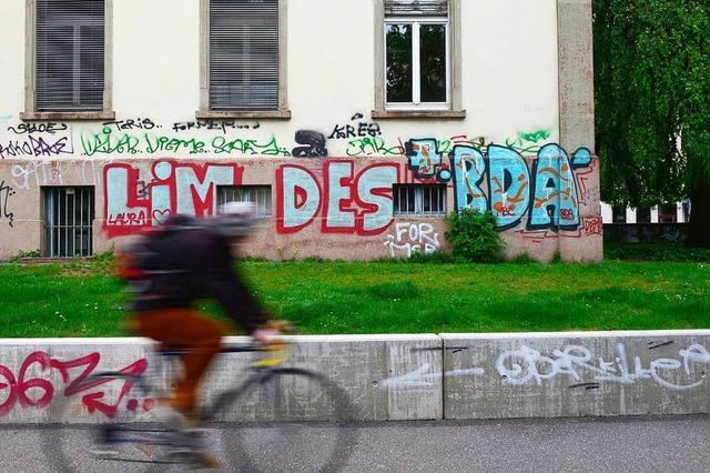 Polizei sucht Zeugen eines Fahrradunfalls in der Wilhelmstraße