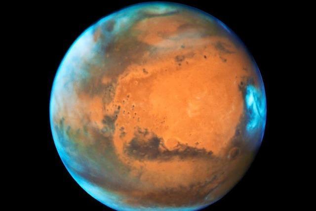 Unterirdischer See: Forscher finden flüssiges Wasser auf dem Mars