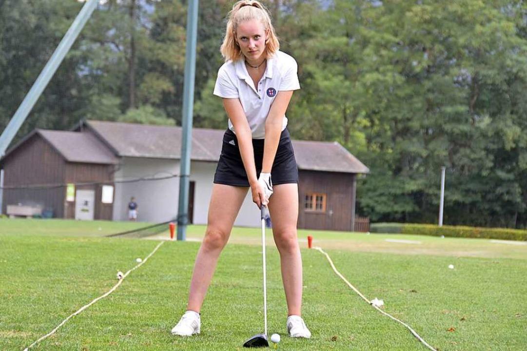 Sydney Marie Harz (14) vom Golfclub Fr...ische Meisterin in ihrer Altersklasse.  | Foto: Moritz Lehmann