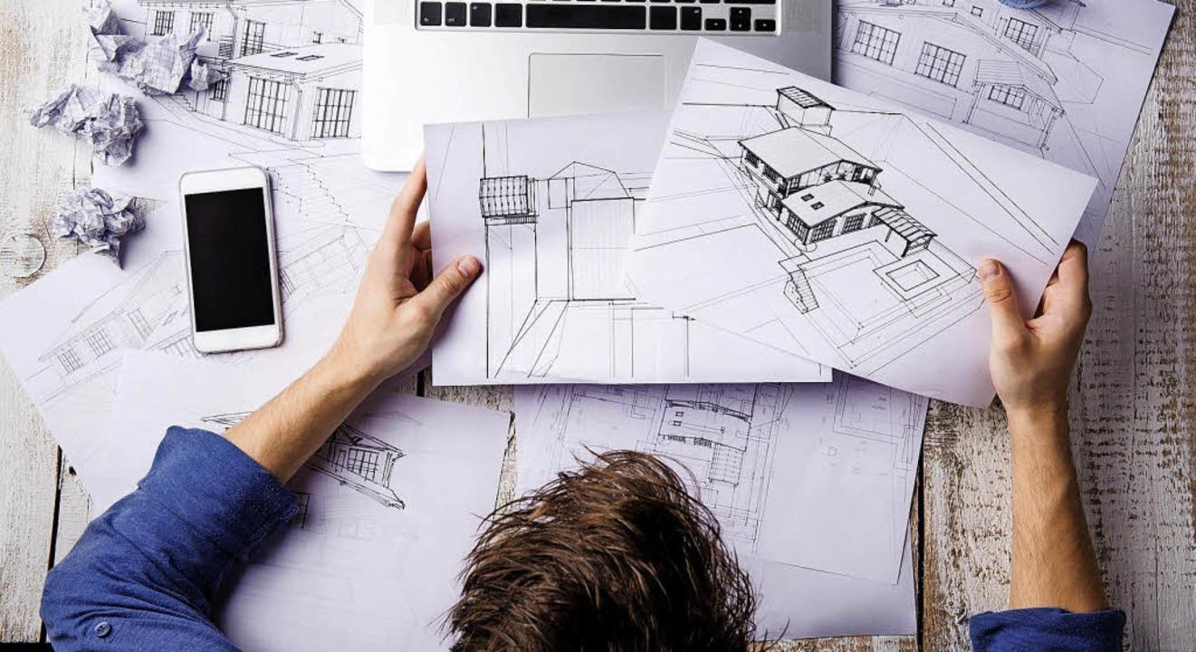 Vor allem in Kreativberufen und in der... bisherigen Stand der Arbeit liefern.   | Foto: Halfpoint/Westend61/dpa-tmn