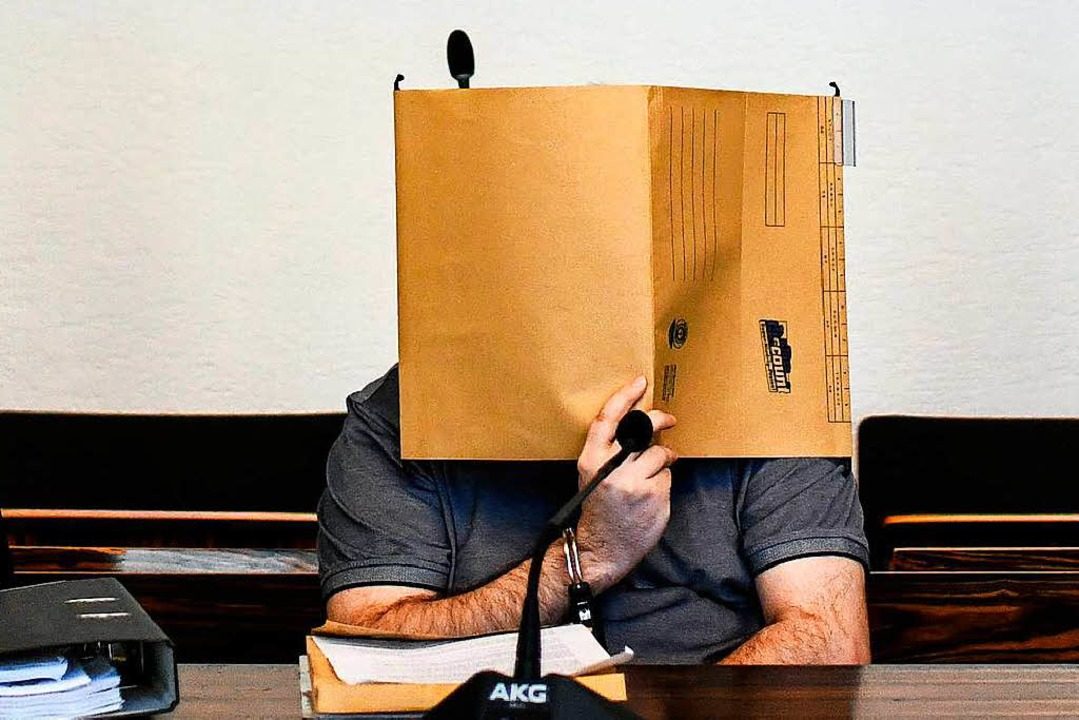 Javier G.D. am Donnerstag vor Prozessb...e Anklage in weiten Teilen eingeräumt.    Foto: dpa