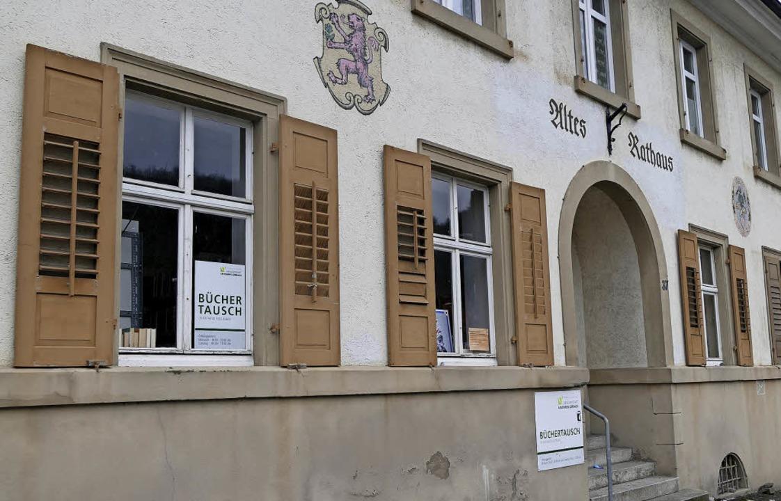 Die Wohnbau verkauft das alte Rathaus ...s zum Stadtjubiläum 2022 saniert ist.   | Foto: Ingrid Böhm-Jacob/Horatio Gollin.