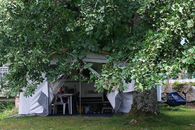 Schopfheims neuer Bademeister wohnt in einem Wohnwagen im Schwimmbad