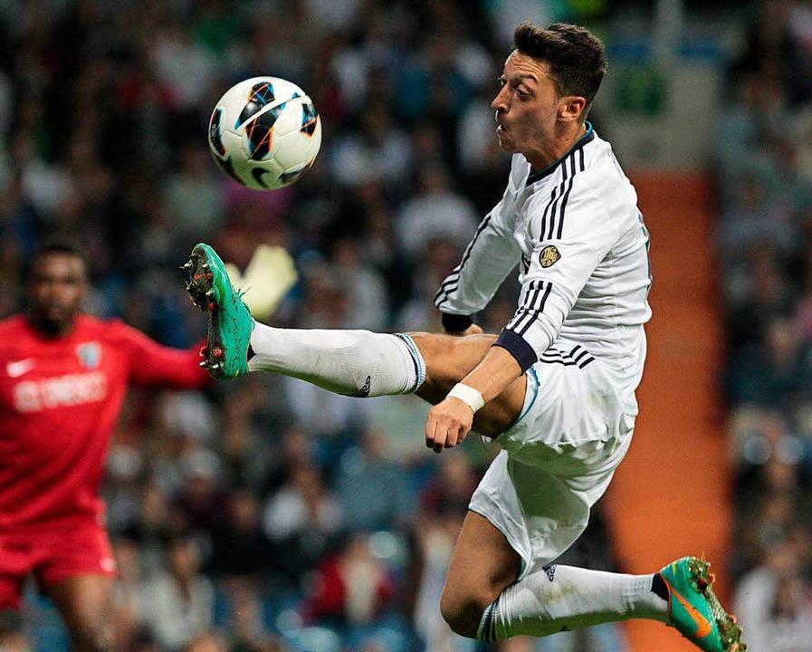 Mesut Özil im Mai 2013, damals noch bei Real Madrid   | Foto: DPA