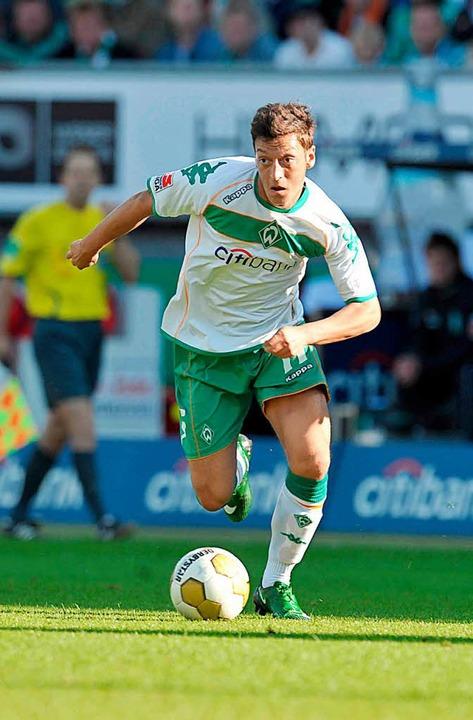 Mesut Özil im Bremer Trikot im Jahr 2008.  | Foto: dpa
