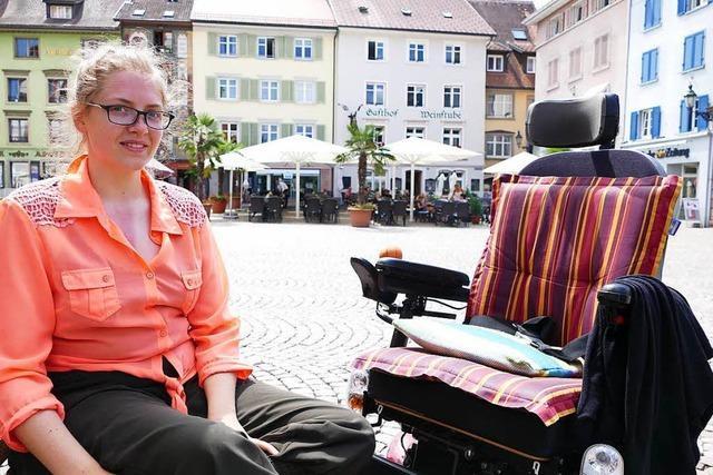 Unterstützung fürs Abitur einer Rollstuhlfahrerin gesucht