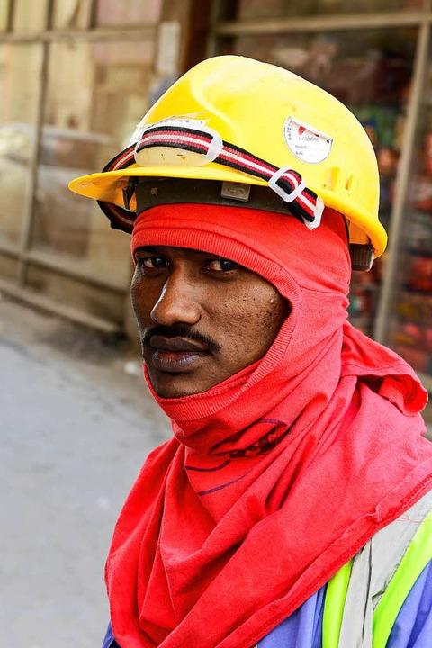Ohne  Gastarbeiter ginge nichts in Katar.  | Foto: JOERG BOETHLING
