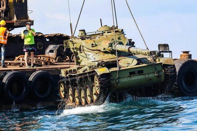Warum werden aus Panzern Riffe?