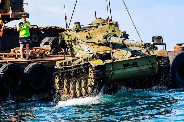 Im Süd-Libanon sollen Panzer Fische anlocken