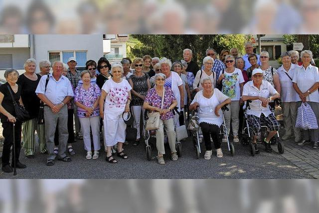 Senioren stehen auf Biggi