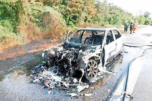 Fahrzeugbrand auf der A5