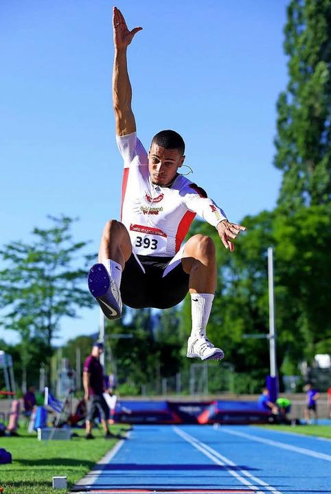 Ein halbes Jahr blieb bei Christopher ...n aber fliegt für die Schweiz zur EM.   | Foto: www.fritzberger.ch