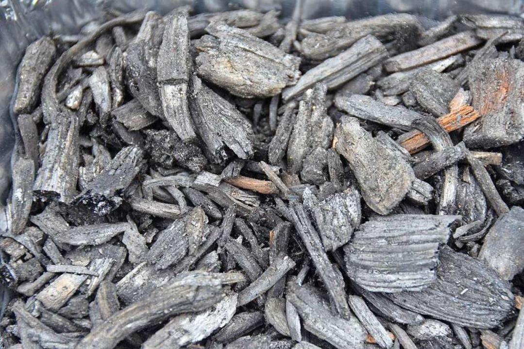 Kohle aus Biomasse  | Foto: Andrea Drescher