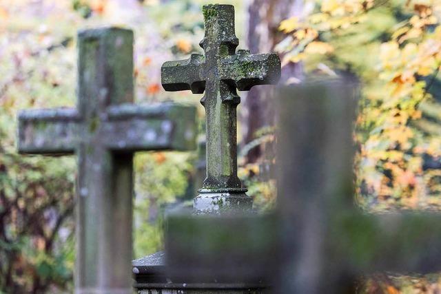 Vom Sterben der Friedhöfe