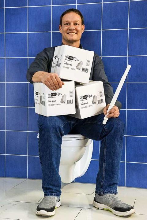 Der Erfinder des WC-Sticks: Martin Konietzny  | Foto: Daniel Schoenen
