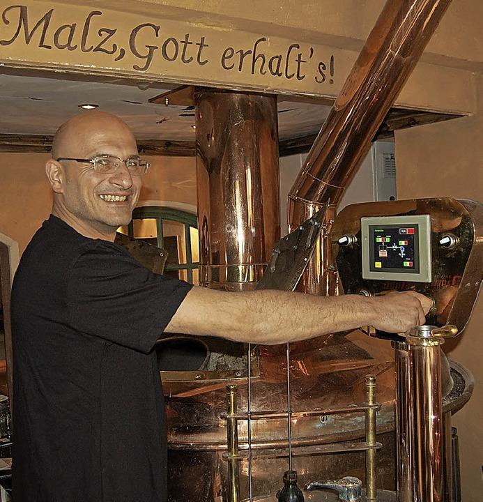 Oliver Feick setzt auf der Dammenmühle die Tradition der Hausbrauerei fort.   | Foto: privat