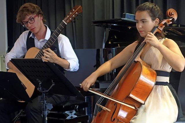 Junge Talente konzertieren im Schlössle in Laufenburg