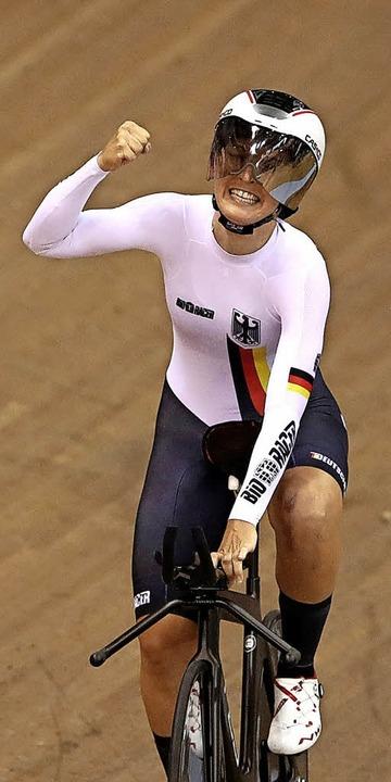 Bei den Frauen die Beste in der 3000-M...n im Straßenrennen noch Bronze gewann.    Foto: dpa