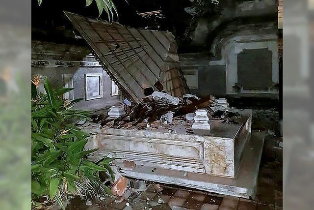 Mindestens 142 Tote bei neuem Erdbeben auf Ferieninsel Lombok