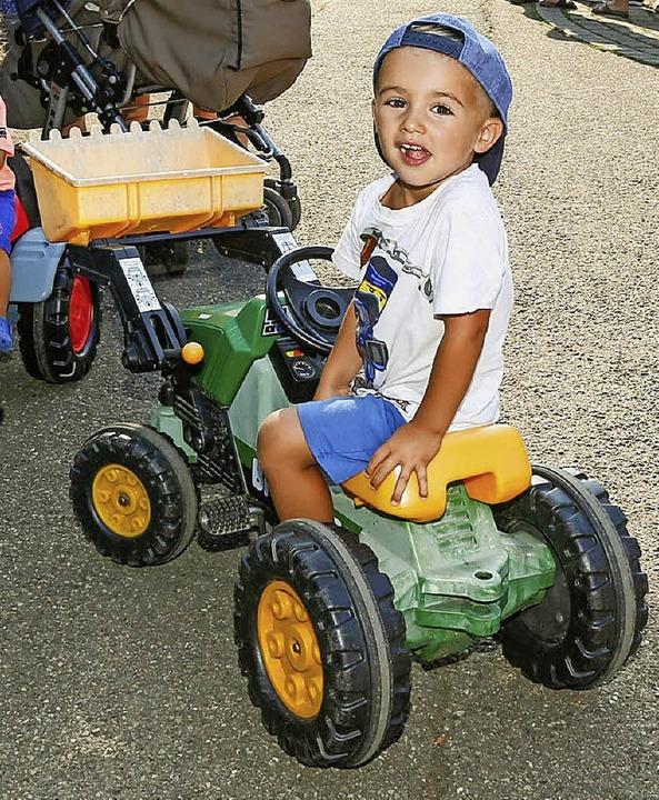 Auch die kleinen Traktoren waren beliebt.  | Foto: Sandra Decoux-Kone