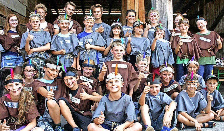 Die Indianer und Squaws aus Schopfheim...anier-Indianer-Camp in Enkenstein.      | Foto: Ralph Lacher