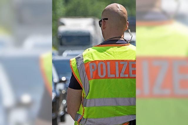 Die Polizei als rotes Tuch
