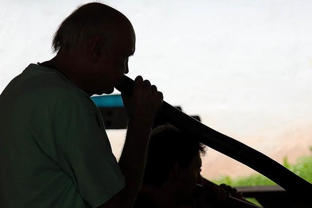 Didgeridoos klingen im Tal