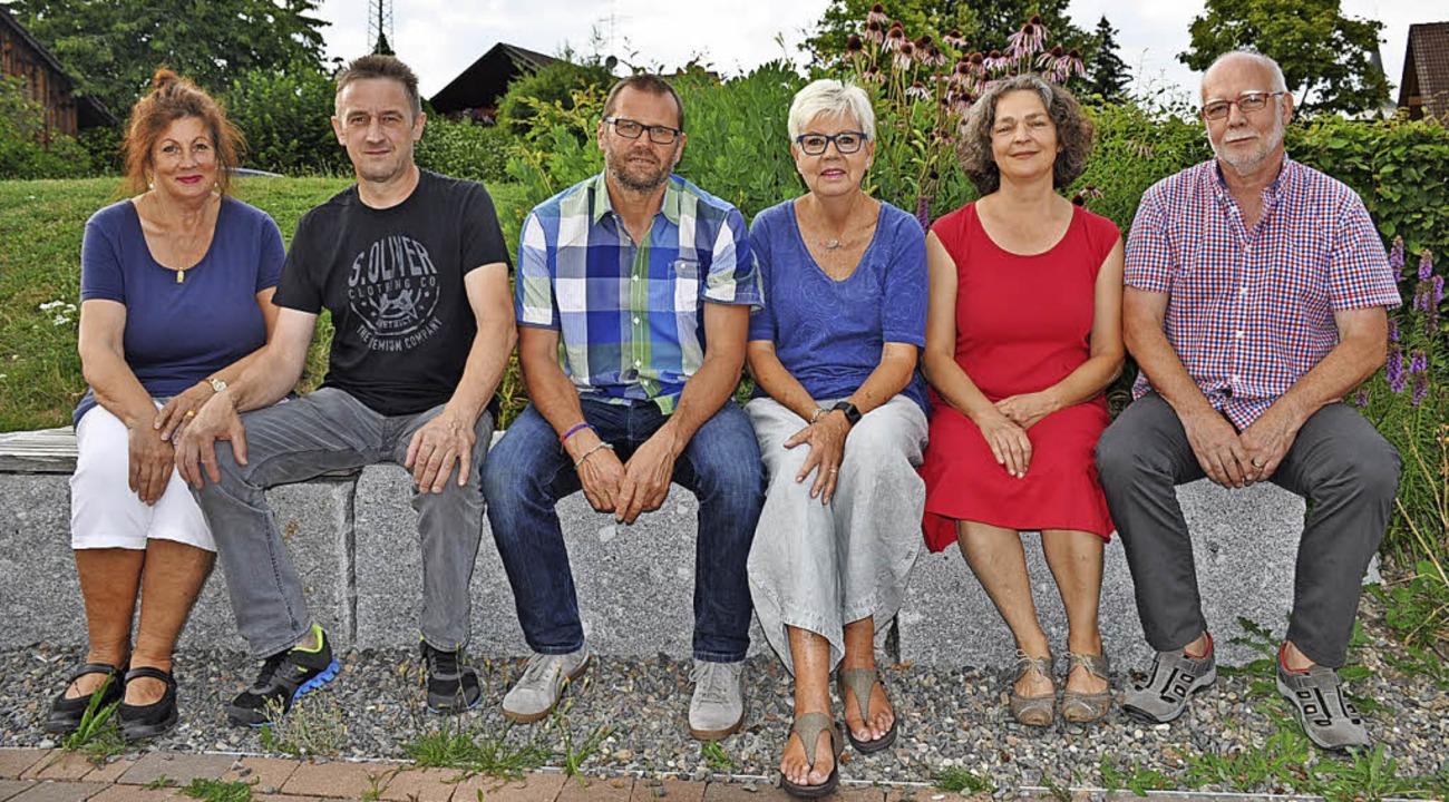 Sie stellen aus (von links): Claudia H...traub, Burga Schall und  Willy Gisel.   | Foto: Ursula Ortlieb