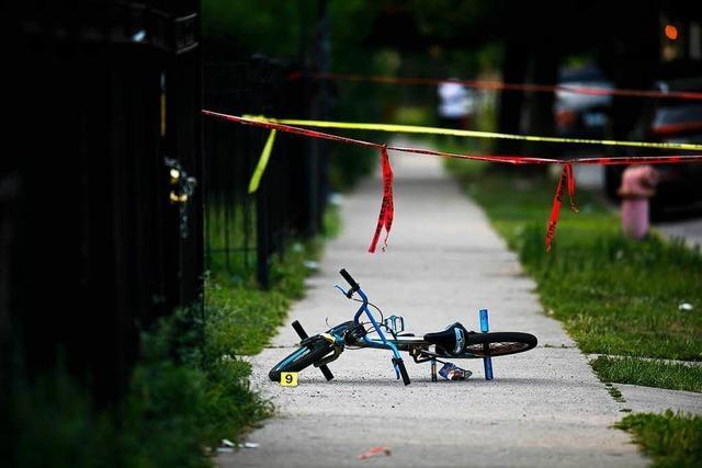 12 Tote und mehr als 50 Verletzte durch Schusswaffen in Chicago – an einem Wochenende