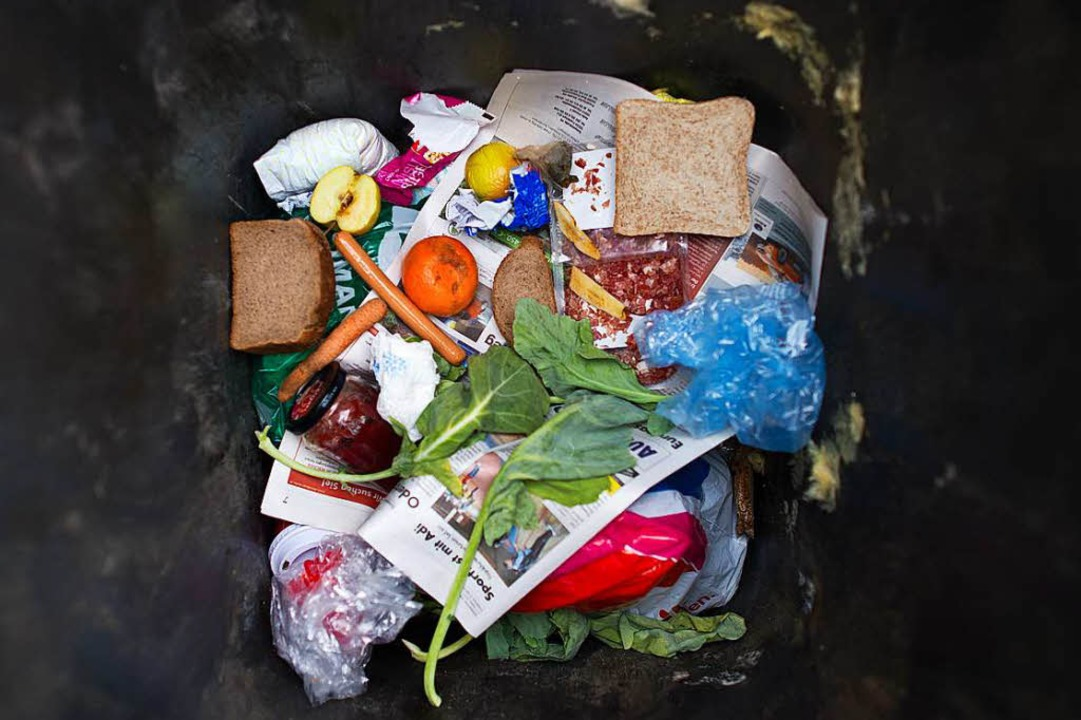 Ungeleerte Mülltonnen sorgen in den La...rden, wie die Landratsämter mitteilen.    Foto: Patrick Pleul