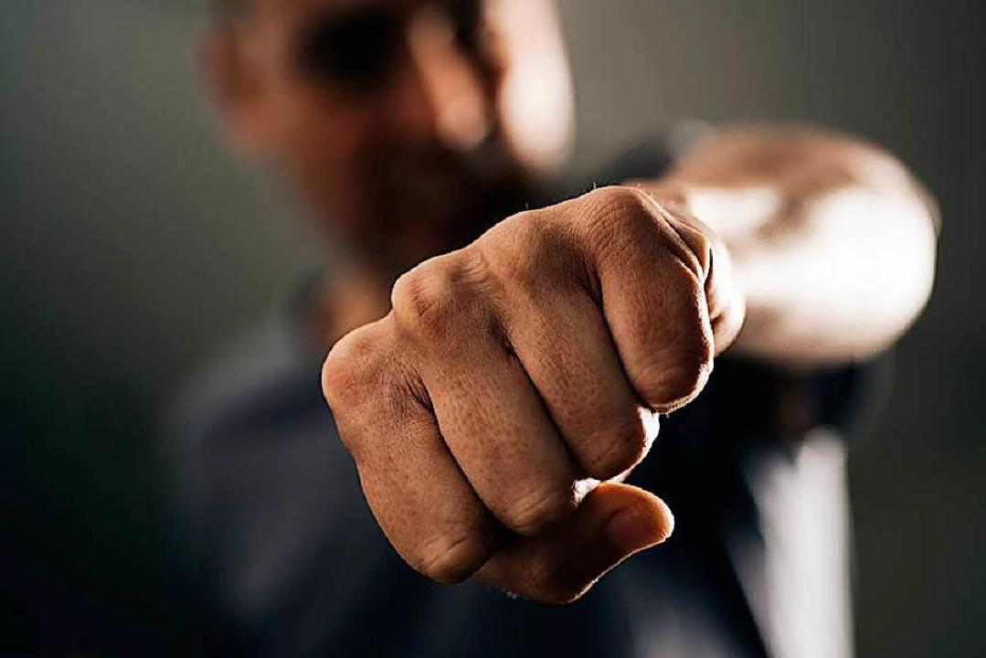 Vermutlicher Auslöser der Schlägerei: ...e  den Zorn der Gruppe auf sich zogen.    Foto: Nito (Fotolia.com)