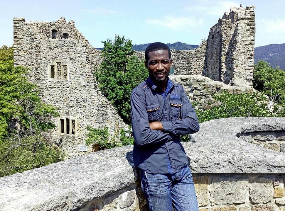 Mohammed Adzagba, auch Momo genannt, zu Besuch auf der Burg in Badenweiler  | Foto: Privat