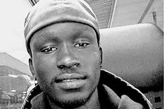 Nach dem Tod eines jungen Gambiers organisieren Freunde die Rücküberführung