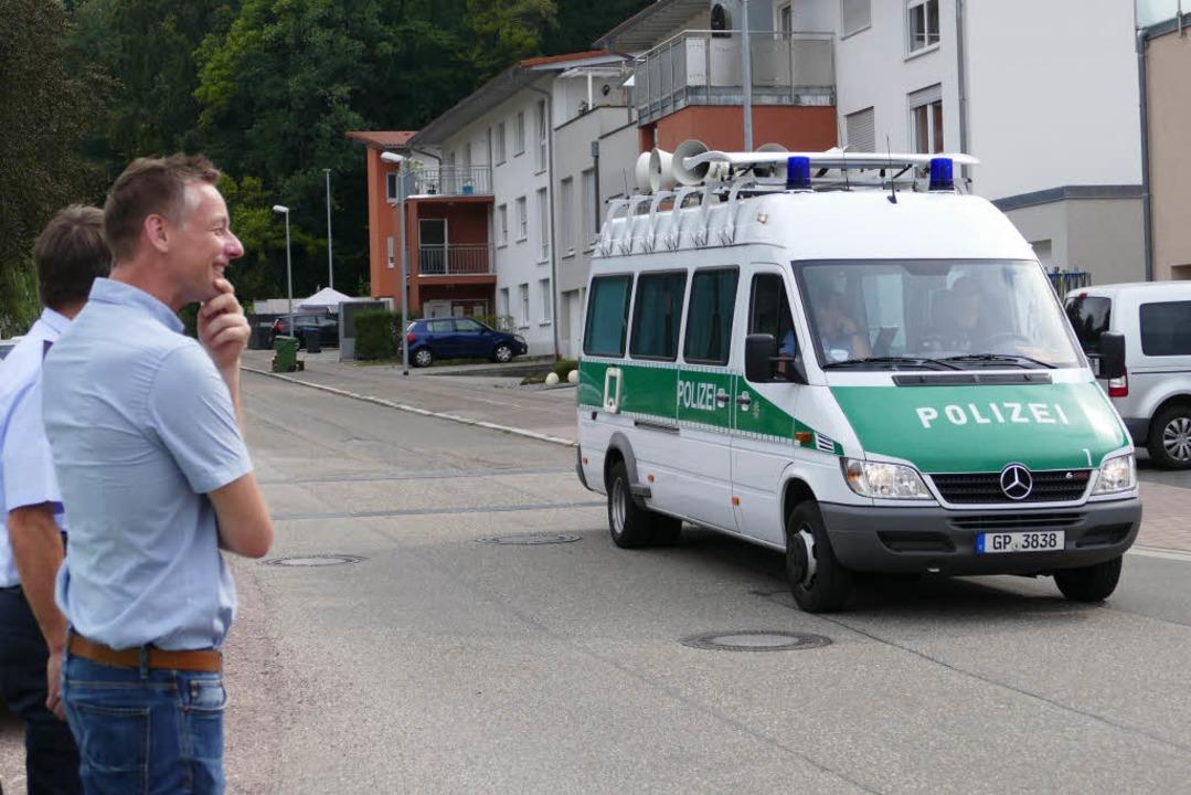 Die Polizei bei der Evakuierung    Foto: Mark Alexander